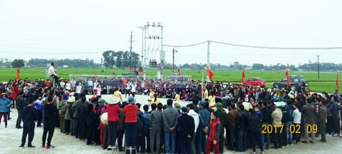 Người dân Yên Thành đang tưng bừng với lể hội Đền Cả