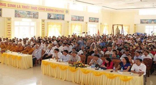 Linh thiêng lễ hội chùa Gám 2017