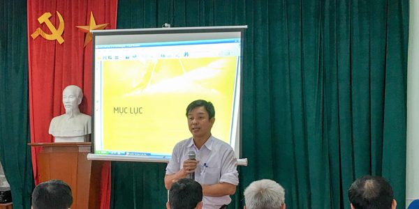Tập huấn công tác phòng, chống sốt rét cho cán bộ y tế thôn, bản huyện Yên Thành
